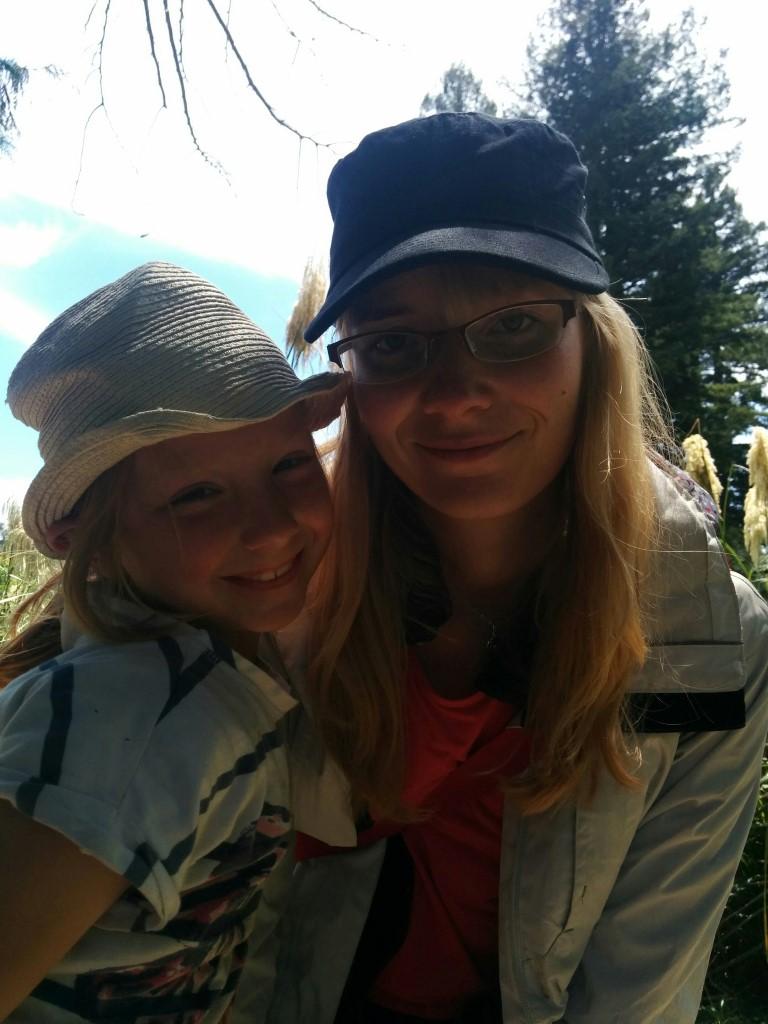 Und Addison und ich.