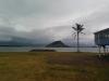 Regenhafter Ausblick vom Yachthafen (und meiner Unterkunft) zum Mount Maunganui
