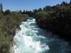 Mal die Wassermassen von oben, bevor sie den Wasserfall hinunter fallen. Die Strömung finde ich wirklich beeindruckend.